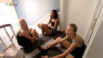 Holland's Next Top Model - Go See In De K*t-bodurne Straat? Zweetmomentjes!