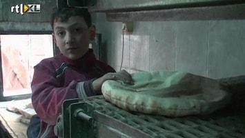 RTL Nieuws Syrië: brood bakken tegen de verdrukking in