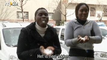RTL Nieuws Zuid-Afrikanen door het dolle na zeldzame sneeuwval