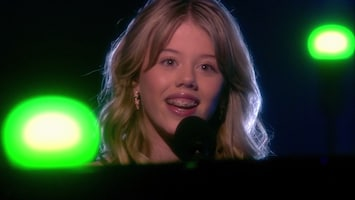 The Voice Kids: Jasmijn - If The World Was Ending (fragment)