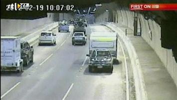 RTL Nieuws Spookrijder rijdt 12 kilometer met caravan