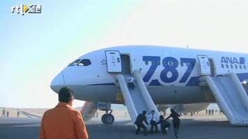 RTL Nieuws Angstige momenten in Japanse Boeing Dreamliner