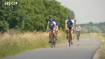 RTL Nieuws Overvolle fietspaden soms levensgevaarlijk