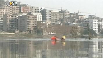 RTL Nieuws Elke dag zwemmend naar je werk
