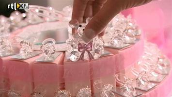 Barbie's Baby - Barbie Kiest Kraamcadeautjes Uit