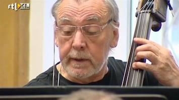 RTL Nieuws Uniek in Polen: orkest met dove muzikanten