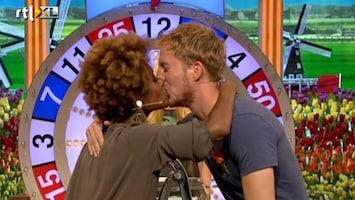 Ik Hou Van Holland - Silvana Simons En Robert De Hoog Zoenen
