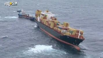 RTL Nieuws Olie uit vrachtschip bereikt kust Nieuw-Zeeland