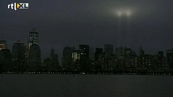 RTL Nieuws 'Tribute in light' sluit herdenking 9/11 af