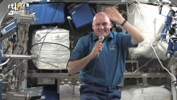 RTL Nieuws Gesprek met André Kuipers in de ruimte