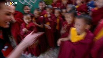 Echte Meisjes Op Zoek Naar Zichzelf - Een Kinderlijke Verassing