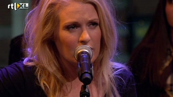 RTL Late Night Miss Montreal zingt Heavy Hearts