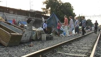 RTL Nieuws Op vakantie in Indonesische sloppenwijken