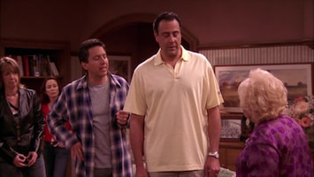 Everybody Loves Raymond Golf for it