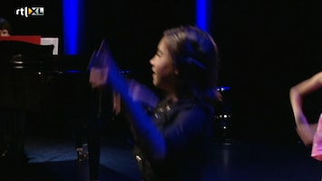 """De Zoektocht Naar De Beste Musical Kids Van Nederland: De Meideneditie """"aflevering 1"""" - De Zoektocht Naar De Beste Musical Kids Van Nederland: De Meideneditie /4"""