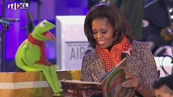 RTL Nieuws Kermit en Obama steken kerstboom aan