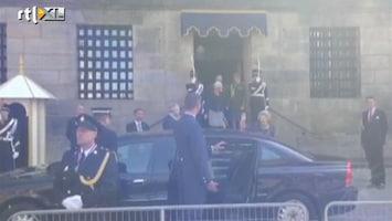 RTL Boulevard Prinses Beatrix verlaat het Paleis op de Dam