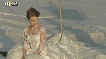 RTL Nieuws Langste sleep op bruidsjurk ter wereld