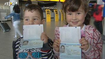 RTL Nieuws Alle kinderen komen met paspoort op Schiphol