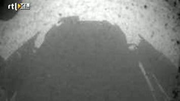 RTL Nieuws Curiosity maakt eerste foto van Mars