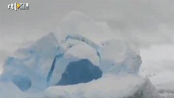 RTL Nieuws Toeristen filmen instortende ijsberg
