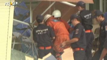 RTL Nieuws Doden bij instorten schoenenfabriek Cambodja