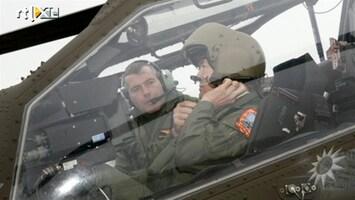 RTL Boulevard Prins Willem-Alexander in Apachehelikopter
