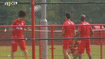 RTL Nieuws Voetbalkoorts bij Ajax en Twente
