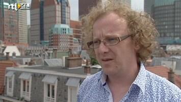 RTL Nieuws 'Je loopt ergens langs, steelt de wachtwoorden en je bent online'