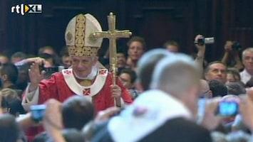 RTL Nieuws Morsige-paussatire kan Vaticaan niet bekoren