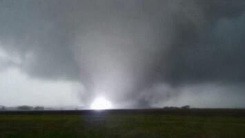 RTL Nieuws Tornado's op beeld vastgelegd