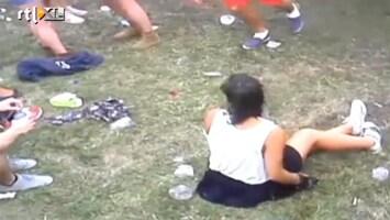 Editie NL Bah: vrouw poept op festivalterrein