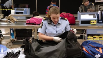 Border Patrol - Afl. 6