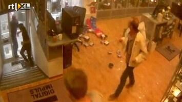 RTL Nieuws Beveiligingsbeelden winkel tijdens aanslag Oslo