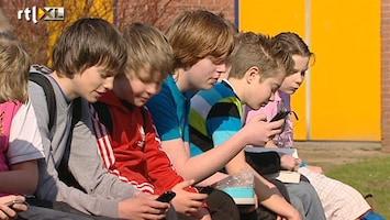 RTL Nieuws Kinderen kunnen niet zonder mobieltje