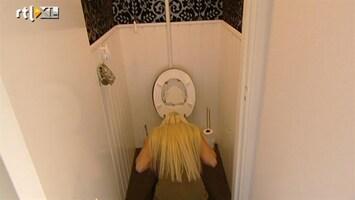 Editie NL Zwangere Barbie lichtend voorbeeld