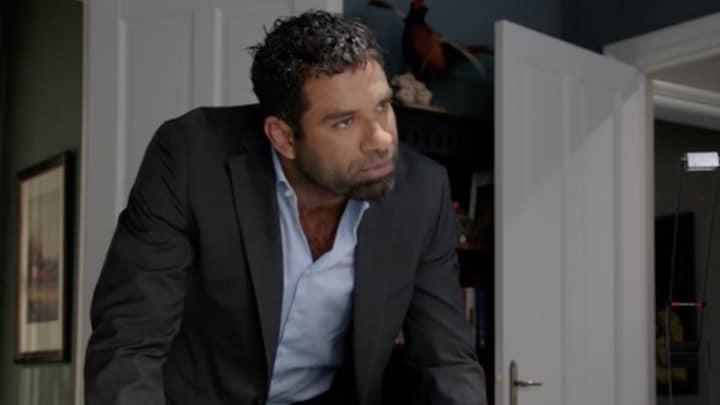 Richard zet alles op alles om Billy te vinden in GTST
