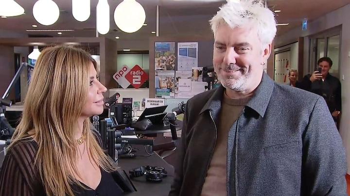 Ruud en Olcay emotioneel door radio-comeback vanuit ziekenhuis