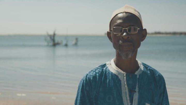 Ahmed verloor zijn huis door oprukkende zee en een catastrofale fout van de overheid