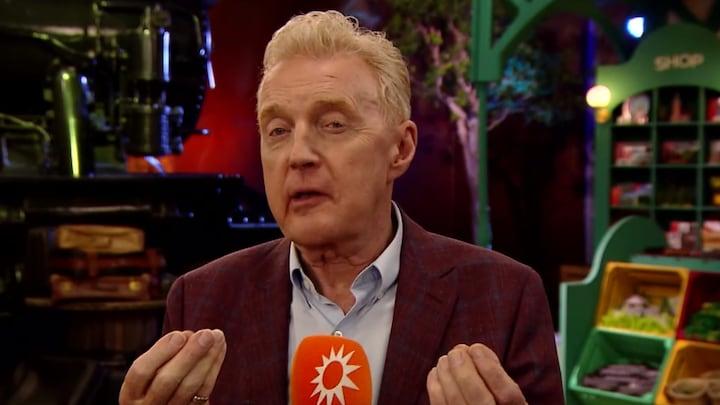 André van Duin geeft unieke rondleiding op set nieuw programma