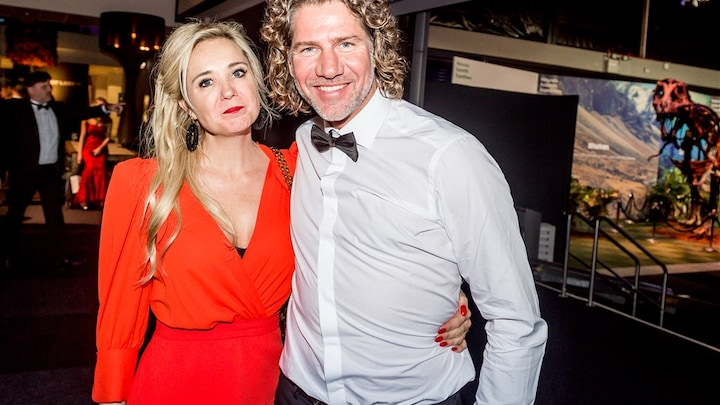 Wat speelt er tussen Sonja Bakker en haar partner?