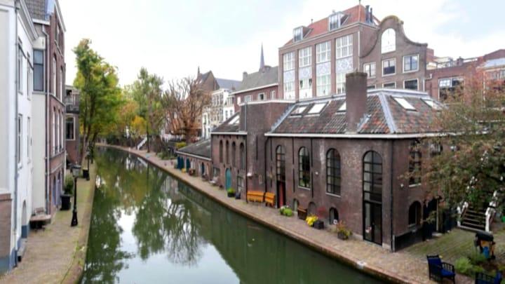 For Sale: Luxueuze bierbrouwerij aan Utrechtse gracht
