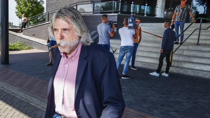 Johan Derksen 'vertelt alles' over VI-rel in biografie