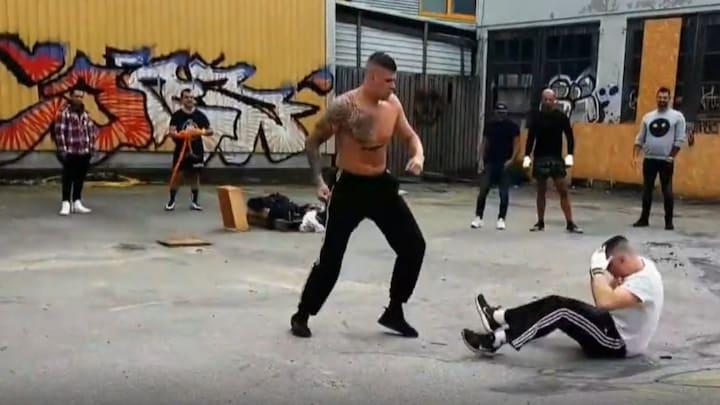 Hoodfights: illegale straatgevechten op Instagram