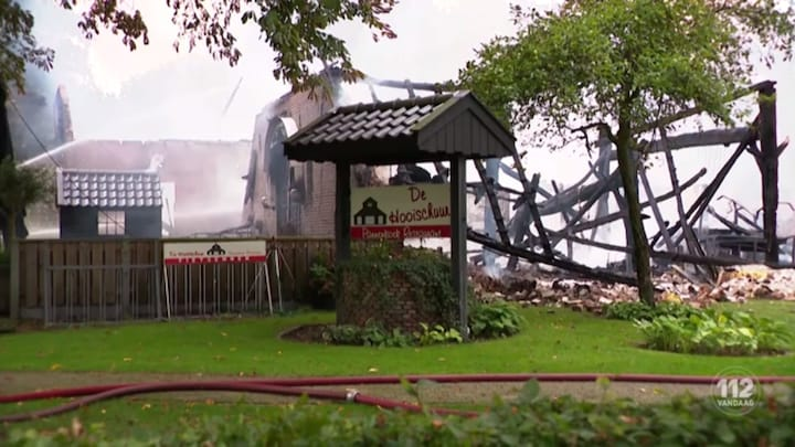 Brand verwoest bowlingcentrum in Nijverdal