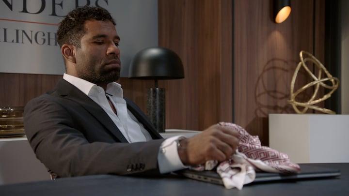 GTST: Richard slikt zijn tranen weg