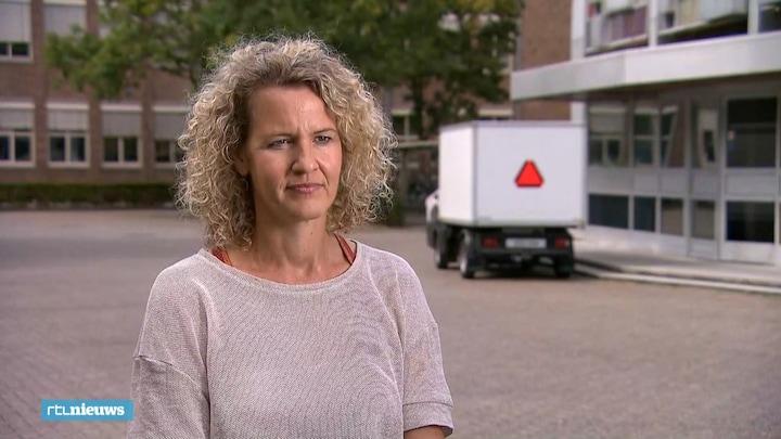 'Ga niet naar drukke plekken Rotterdam als het niet nodig is'