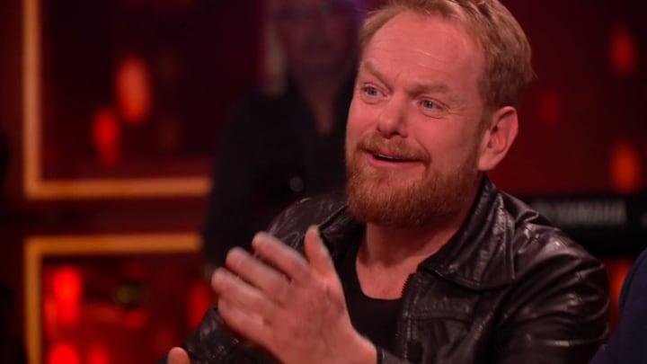 Martijn Fischer uit zijn bol met bigband hits van Hazes