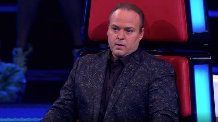 Frans Bauer staat voor lastige keuze in The Voice Senior