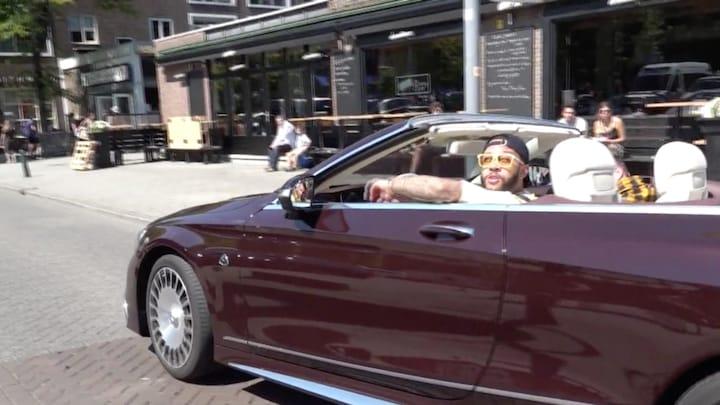 Memphis Depay boos: 'Politie houdt me dagelijks 10 keer aan'